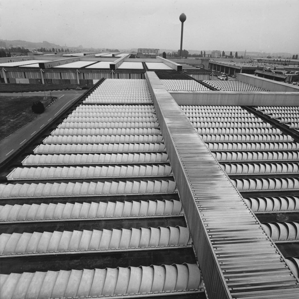Olivetti digitale: architetture sperimentali e paesaggi industriali (1960-1974)